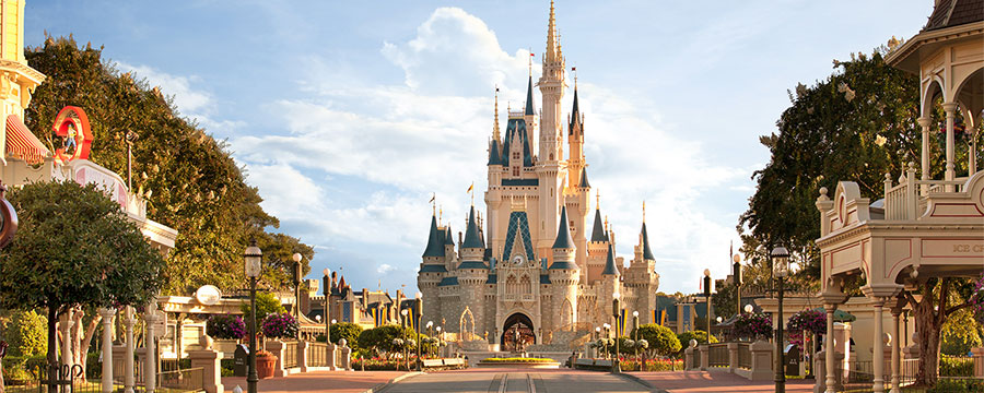 Cinderella's castle at the Magic Kindom Park, Walt Disney World